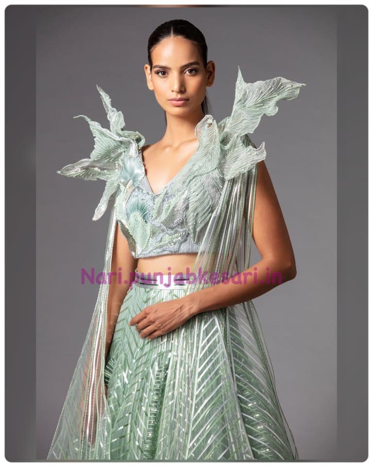 पहले दिन डिजाइनर गौरव गुप्ता और सुनीत वर्मा ने अपनी खूबसूरत Couture'21 प्रीजेंट की जबकि आज दूसरा दिन था और दूसरे दिन डिजाइनर अमित अग्रवाल और राहुल मिश्रा ने अपनी कलैक्शन प्रीजेंट की।