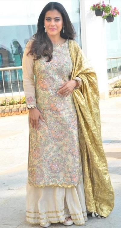 ऐसा पहली बार नहीं है जब काजोल ने अपनी फैशन से सबका दिल जीता है।