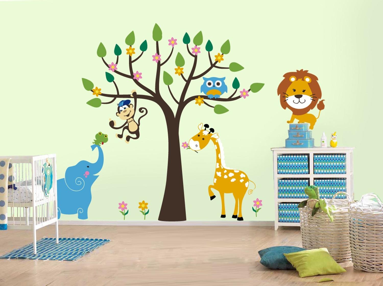अगर बच्चे के कमरे की सजावट बोरिंग होगी तो उनका मन पढ़ाई में भी नहीं लगेगा।