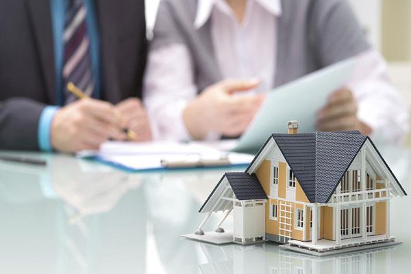 घर खरीदने जा रहें है, तो इन बातों का रखें खास ख्याल