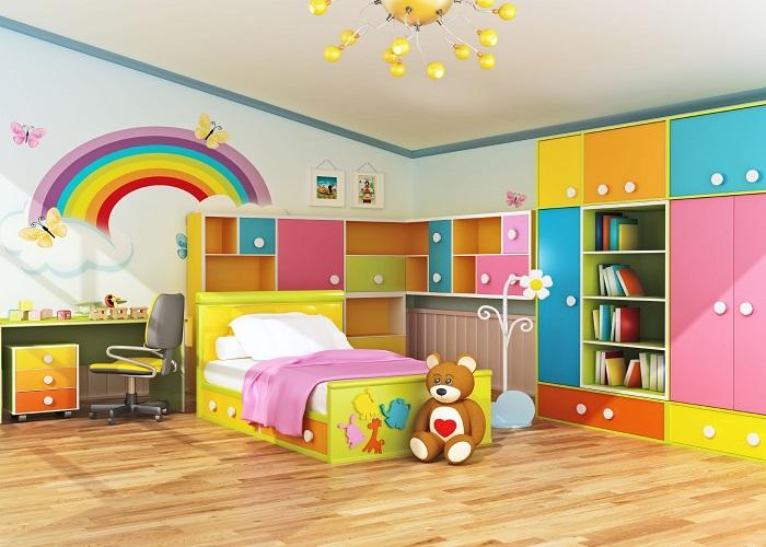 अगर आपके बच्चा कलरफुल चीजों को पसंद करता है तो आप कमरे की दीवार पर Rainbow बनाने के साथ फर्नीचर भी अलग-अलग रंग का चुन सकते हैं।