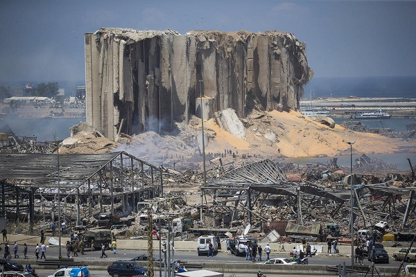 यह विस्फोट इतना भयानक था कि राजधानी क्षेत्र में घटनास्थल से काफी दूर की इमारतों के भी शीशे टूट गए।