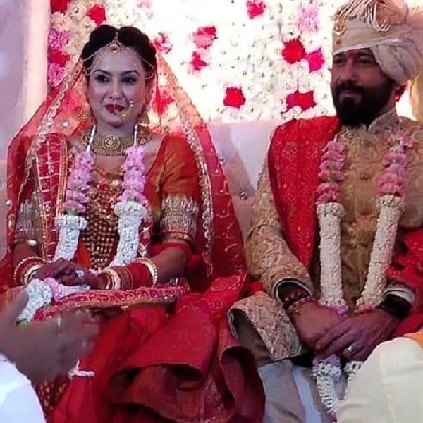 चलिए आपको दिखाते हैं काम्या की शादी से लेकर मेहंदी, हल्दी सेरेमनी की खूबसूरत तस्वीरें...