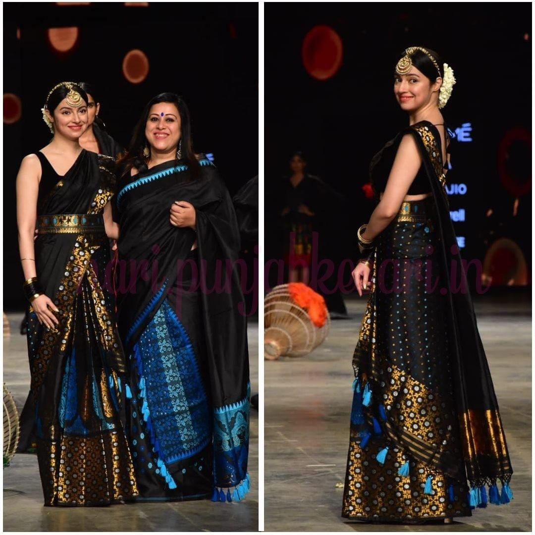 दिव्या खोसला कुमार के Black Indian Look ने फैंस को खूब इम्प्रेस किया। दिव्या मशहूर फैशन डिजाइनर संयुक्ता दत्ता के लिए शो स्टॉपर बन रैंप पर उतरीं।