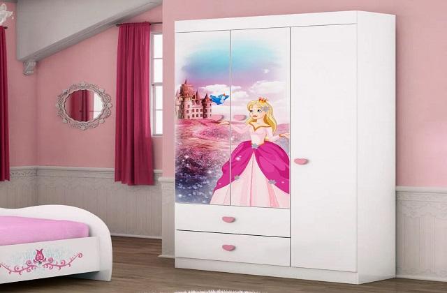 बच्चे के कमरे को सजाने के लिए खास ध्यान देने की जरूरत है। ऐसे में उनके कमरे की दीवारों से लेकर बेड तक एकदम परफेक्ट होना चाहिए।