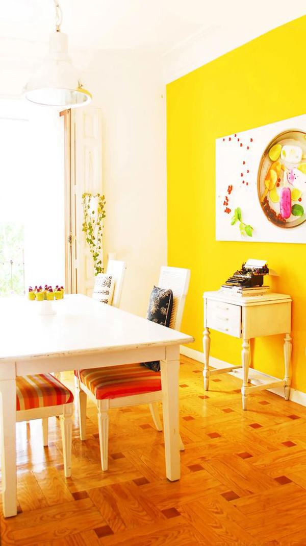 इस रंग को एक कमरे में थीम जोड़ना उतना मुश्किल नहीं है जितना आप सोच रहे हैं।