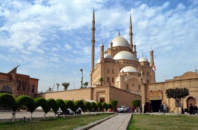 मुहम्मद अली मस्जिद मिस्र की राजधानी काहिरा में बनी है। इसका निर्माण 1830 से 1848 तक हुआ था।