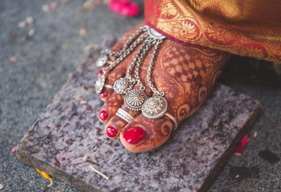 दुल्हन अपनी शादी के लिए लहंगे से लेकर ज्वेलरी तक सबकुछ बेस्ट चाहती हैं।