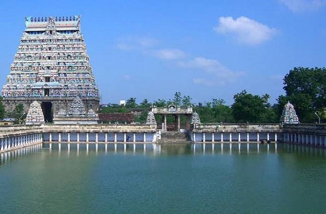 चिदंबरम मंदिर करीब 1,60,000 वर्गमीटर के क्षेत्रफल में फैला हुआ है।