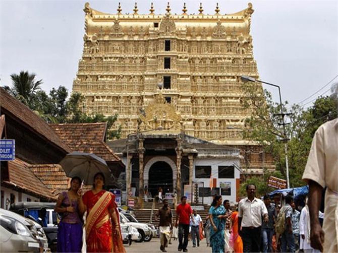 भारत के अमीर मंदिर, जहां हर रोज आते हैं हजारों श्रद्धालु