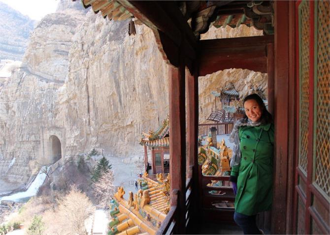 इस मंदिर की खुबसूरती को देख अटक जाएंगी आपकी सांसे(देखें तस्वीरें)