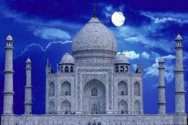 चांदनी रात में ताज के दीदार के लिए ई-टिकट जल्द