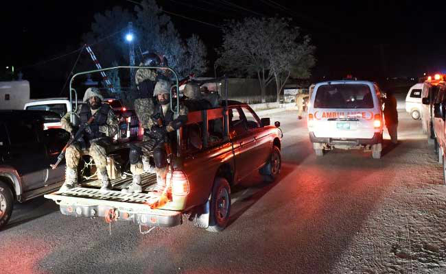 कराची: PAK सुरक्षाबलों से मुठभेड़ में 3 संदिग्ध आतंकवादी ढेर