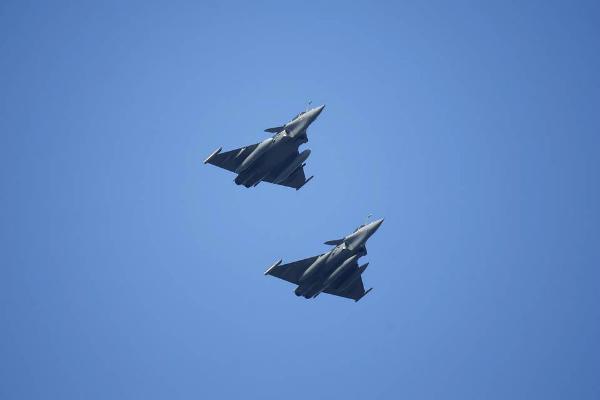 चीन-पाकिस्तान से टक्कर की तैयारी, भारत खरीदेगा 200 लड़ाकू विमान