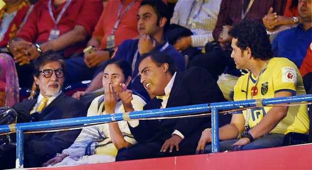 इंडियन सुपर लीग का भव्य उद्घाटन