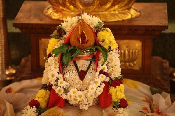नवरात्र: घट स्थापना के समय रखें इन बातों का ध्यान