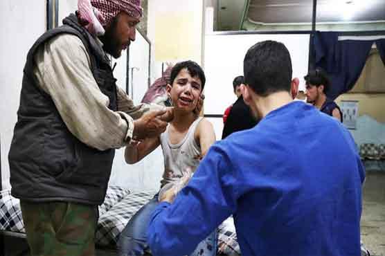 सीरियाई स्कूल में हवाई हमला, 22 बच्चों, 6 अध्यापकों की मौत(Pics)