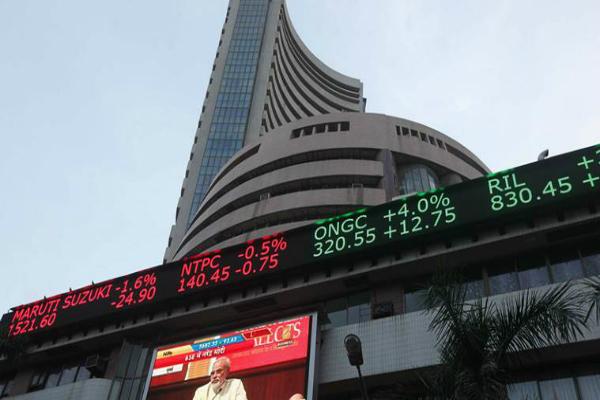वैश्विक तेजी से भरी घरेलू बाजार ने उड़ान