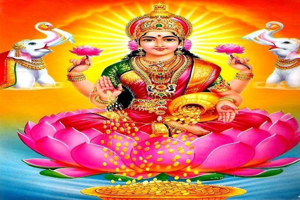 देवी लक्ष्मी की विशेष कृपा पाने के लिए नवरात्र के दौरान घर लाएं ये सामान