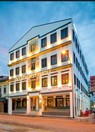 आवभगत में पिछड़ रहे हैं भारतीय होटल