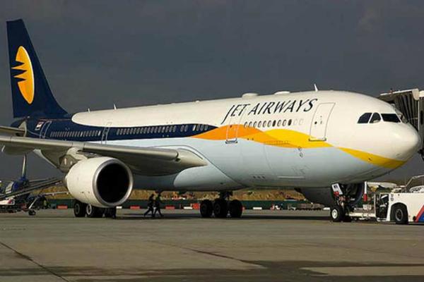 दिवाली बोनांजाः इस एयरवेज ने दिया 921 रुपए में हवाई सफर करने का मौका