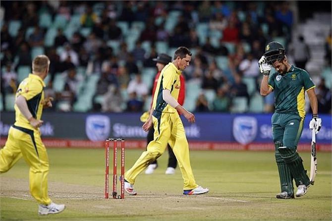 ऑस्ट्रेलिया के नाम बन गया वनडे क्रिकेट का सबसे शर्मनाक रिकॉर्ड
