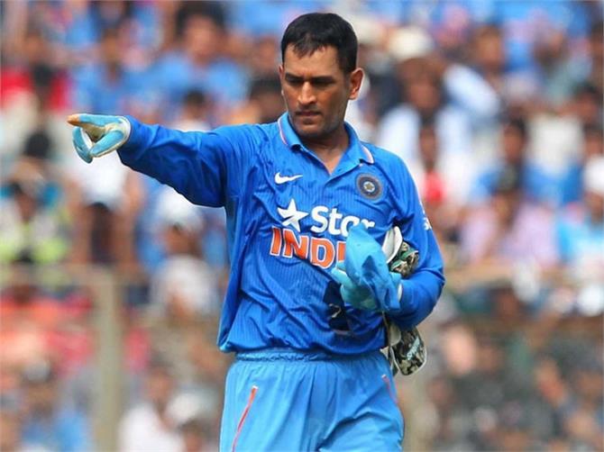 MS Dhoni के कैच ने बदल दिया पूरा मैच!