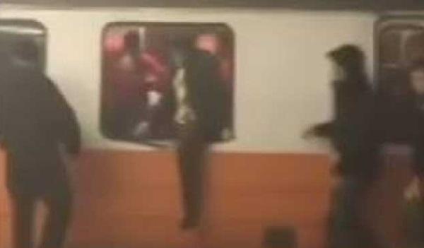 जब ट्रेन की खिड़कियां तोड़कर बाहर कूदे यात्री