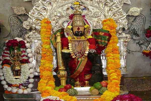 PIX: कोल्हापुर में सूर्य की किरणें स्वयं करती हैं देवी लक्ष्मी की आराधना