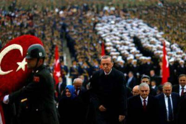 तुर्की:10 हजार से ज्यादा सरकारी कर्मचारियों की छुट्टी