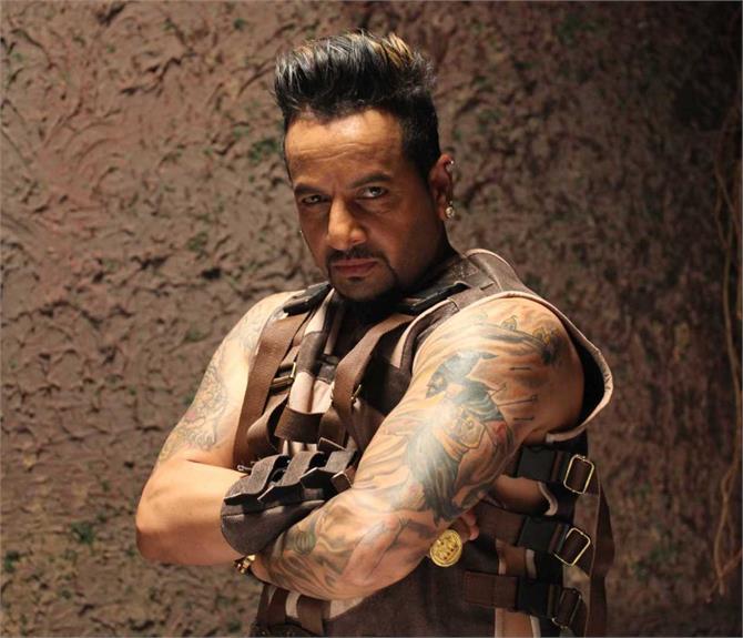 पंजाब में नशों के प्रचलन से खफा दिखे पंजाबी पॉप किंग जैजी बी