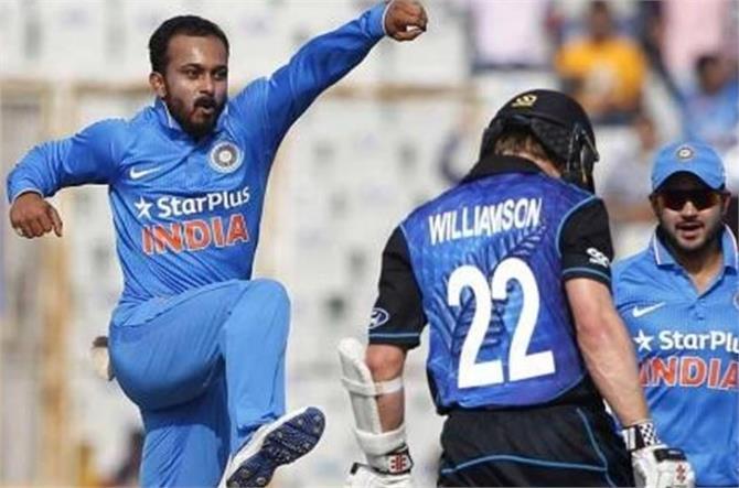 जब जाधव की एक गेंद पर न्यूजीलैंड के 'OUT' हुए दो खिलाड़ी