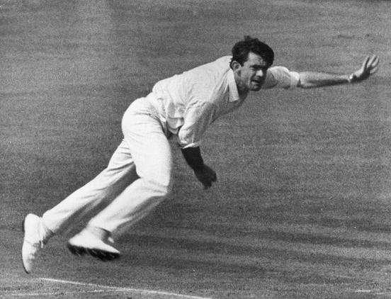 आस्ट्रेलिया के पूर्व क्रिकेटर ग्लीसन का निधन