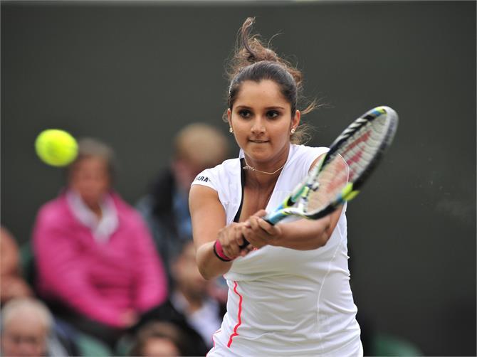 WTA फाइनल्स में साथ खेलेंगी सानिया-हिंगिस