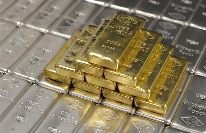 सोना 55 रुपए तेज, चांदी 50 रुपए लुढ़की