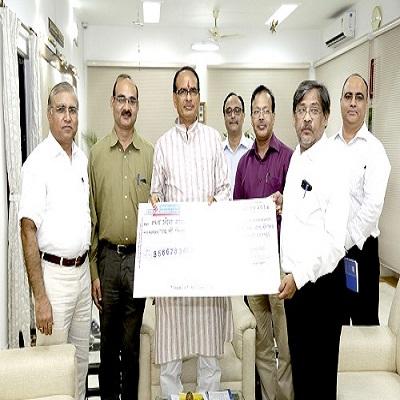 एनएचडीसी ने सरकार को सौंपा 195.87 करोड़ रुपए का लाभांश चेक