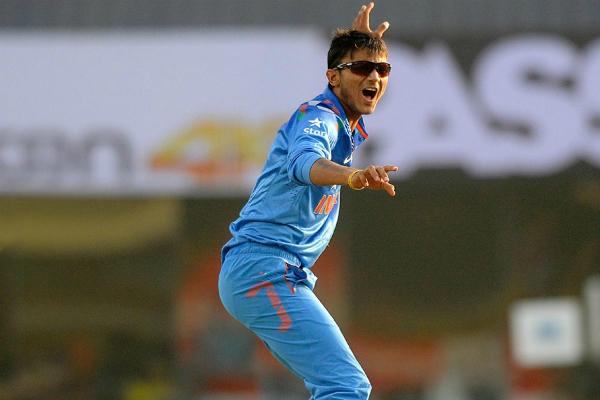 ICC RANKING: पहली बार टॉप 10 गेंदबाजों में शामिल हुए अक्षर और अमित 20वें स्थान पर