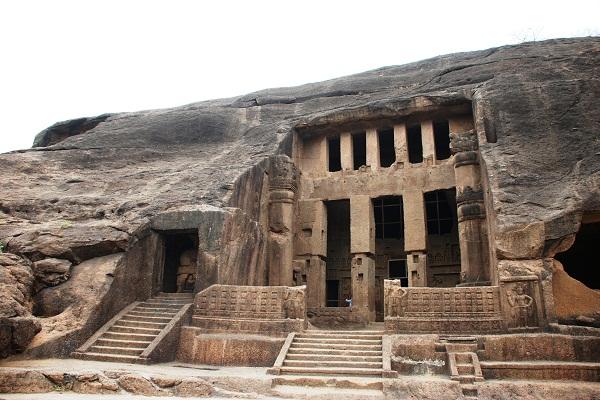 PIX: 2,200 वर्ष पुरानी बौद्ध कला का प्रमाण हैं कान्हेरी गुफाएं