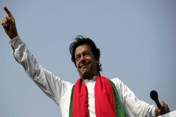 इमरान खान को मिली विरोध प्रदर्शन करने की अनुमति