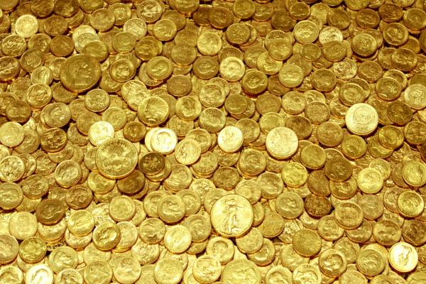 ग्राहकों को खुब लुभा रहे सोने सिक्के, अब तक 185 किलो बिके
