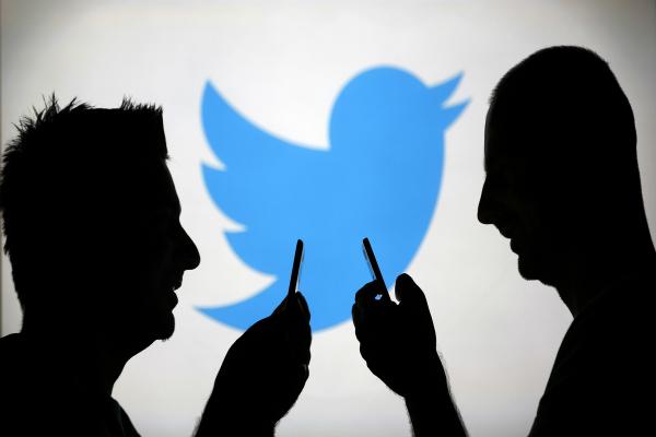 खरीदारी के अच्छे सौदों के लिए ट्विटर का रूख कर रहे हैं खरीदार