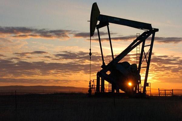 पेट्रोल 5 और डीजल 3 रुपए प्रति लीटर हो सकता है महंगा, कच्चा तेल में डेढ़ फीसदी इजाफा