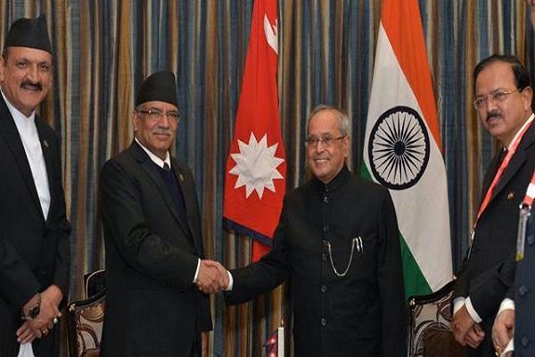 प्रणब ने नेपाल के प्रधानमंत्री प्रचंड से की मुलाकात