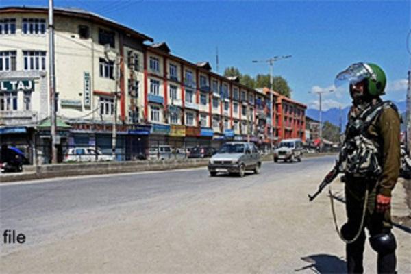 घाटी में हड़ताल में ढील के बाद यातायात एडवाइजरी जारी
