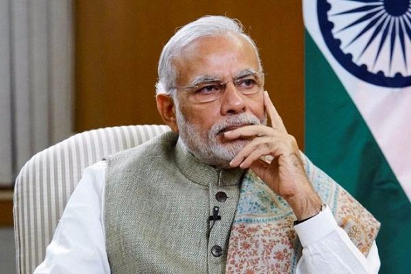 समीक्षा बैठक में मोदी ने लोगों की परेशानियां दूर करने के लिए कहा