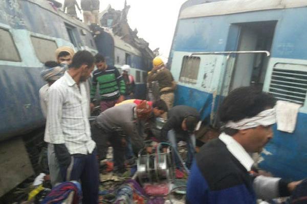 पटरी से उतरे इंदौर-पटना एक्सप्रेस के 14 डिब्बे, 115 यात्रियों की मौत