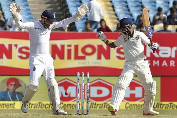 IND v ENG:नंबर एक टीम ने गिरते-पड़ते ड्रा कराया राजकोट रण