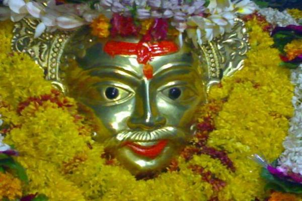अलग-अलग मनोकामना के लिए करें भगवान भैरव के इन स्वरूपों की पूजा