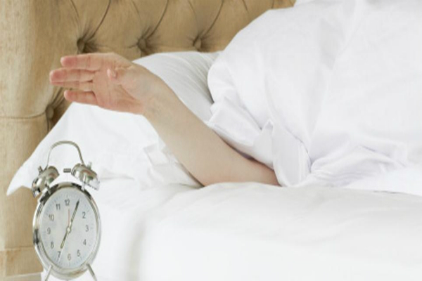 सुबह बिस्तर छोड़ते समय करें ये काम, बनेंगे ईश्वरीय शक्तियों और अक्षय धन के हकदार