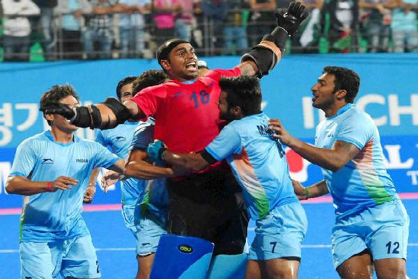 आस्ट्रेलिया दौरे से पहले भारतीय हॉकी टीम को लगा झटका